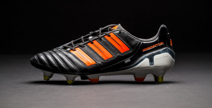 Cada semana Objeción Porcentaje  Historia de las botas de fútbol adidas Predator - Blogs - Tienda de fútbol  Fútbol Emotion