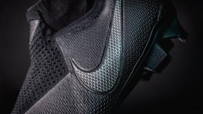 Redundante patrón Practicar senderismo  Presentamos las nuevas botas Nike Phantom VSN - Blogs - Tienda de fútbol  Fútbol Emotion