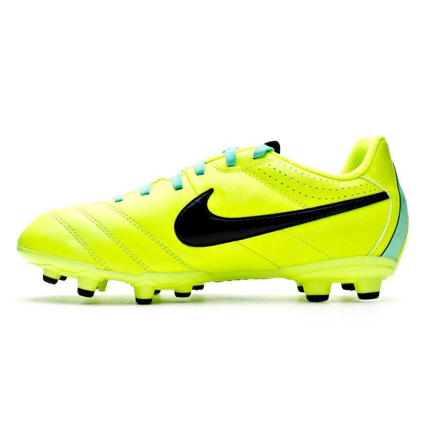 Bota de fútbol Nike Tiempo Natural IV LTR FG Niño Volt - Soloporteros es  ahora Fútbol Emotion 52b98bcd53955