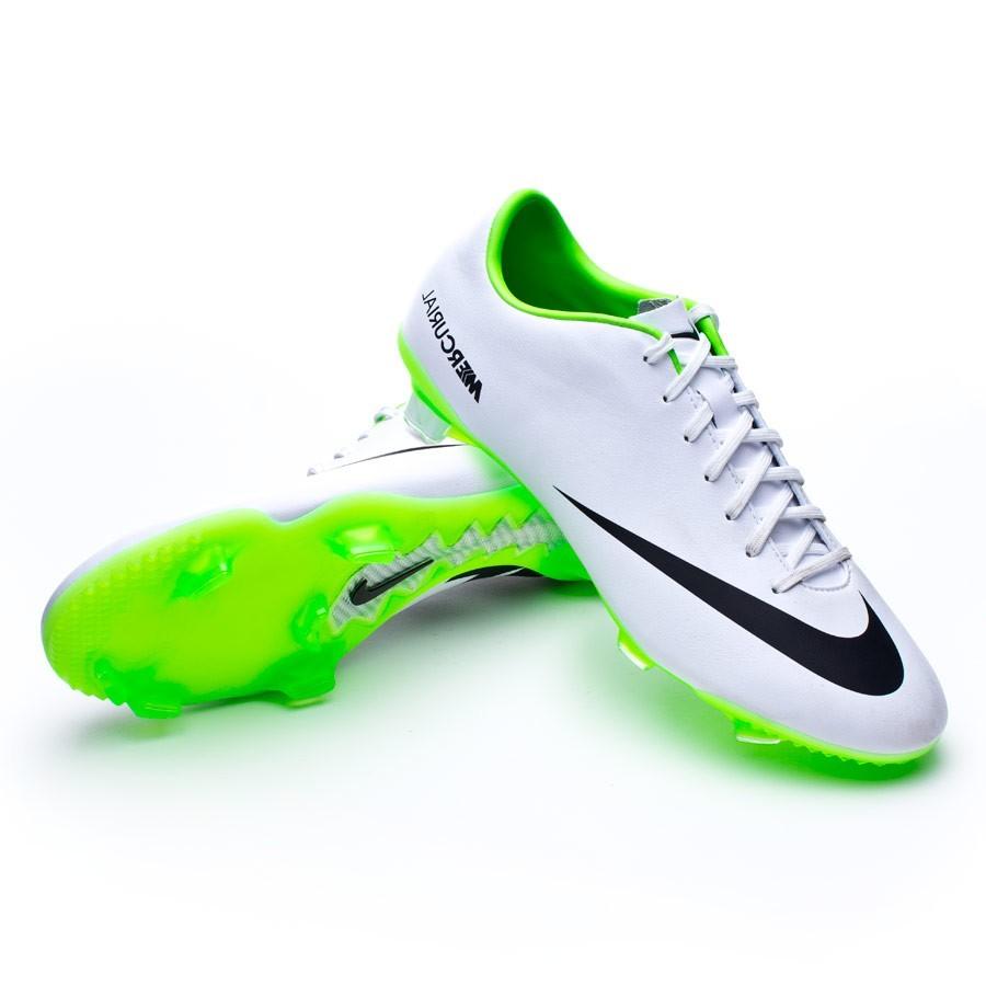 botas de futbol nike blancas