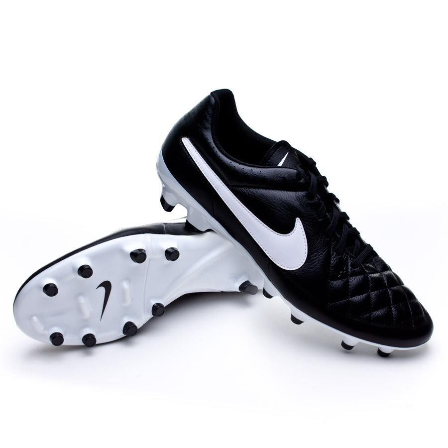 purchase cheap 919f0 84eca Botas De Futbol Nike Tiempo Negras