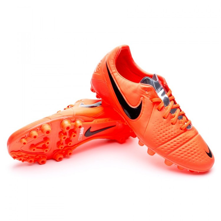 low priced 97cfb 8c649 bota-nike-ctr360-maestri-iii-ag-bright-crimson-