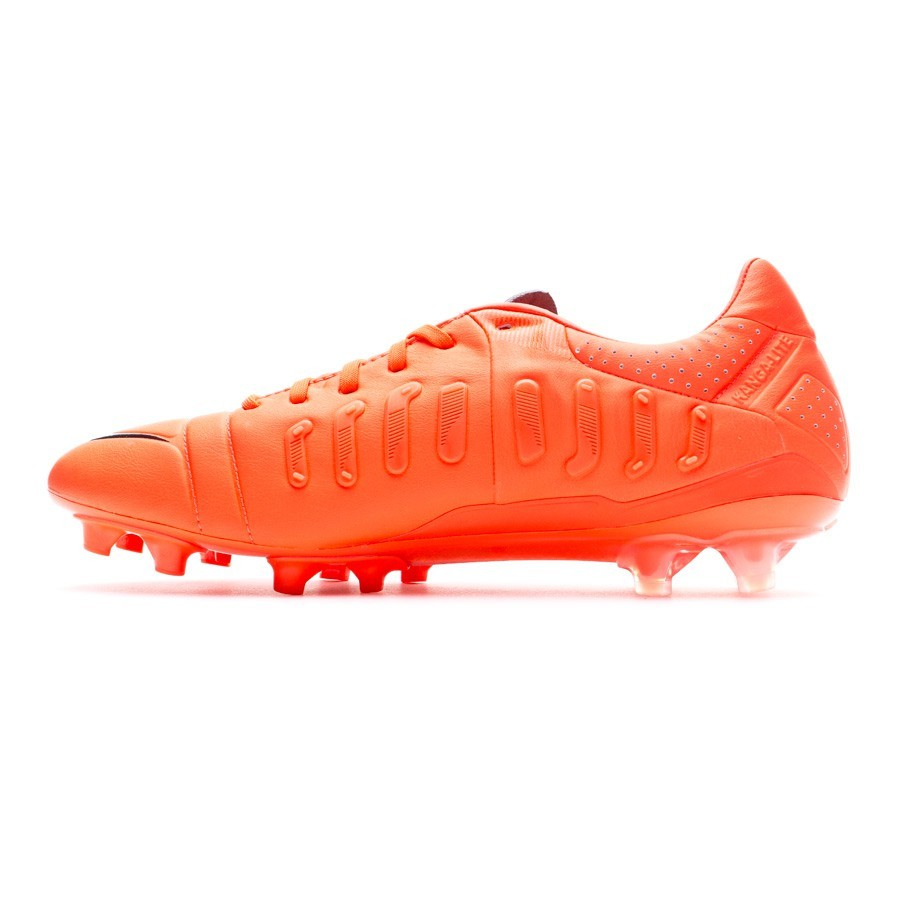 53ac404956b15 Zapatos de fútbol Nike CTR360 Maestri III FG ACC Bright crimson - Tienda de fútbol  Fútbol Emotion
