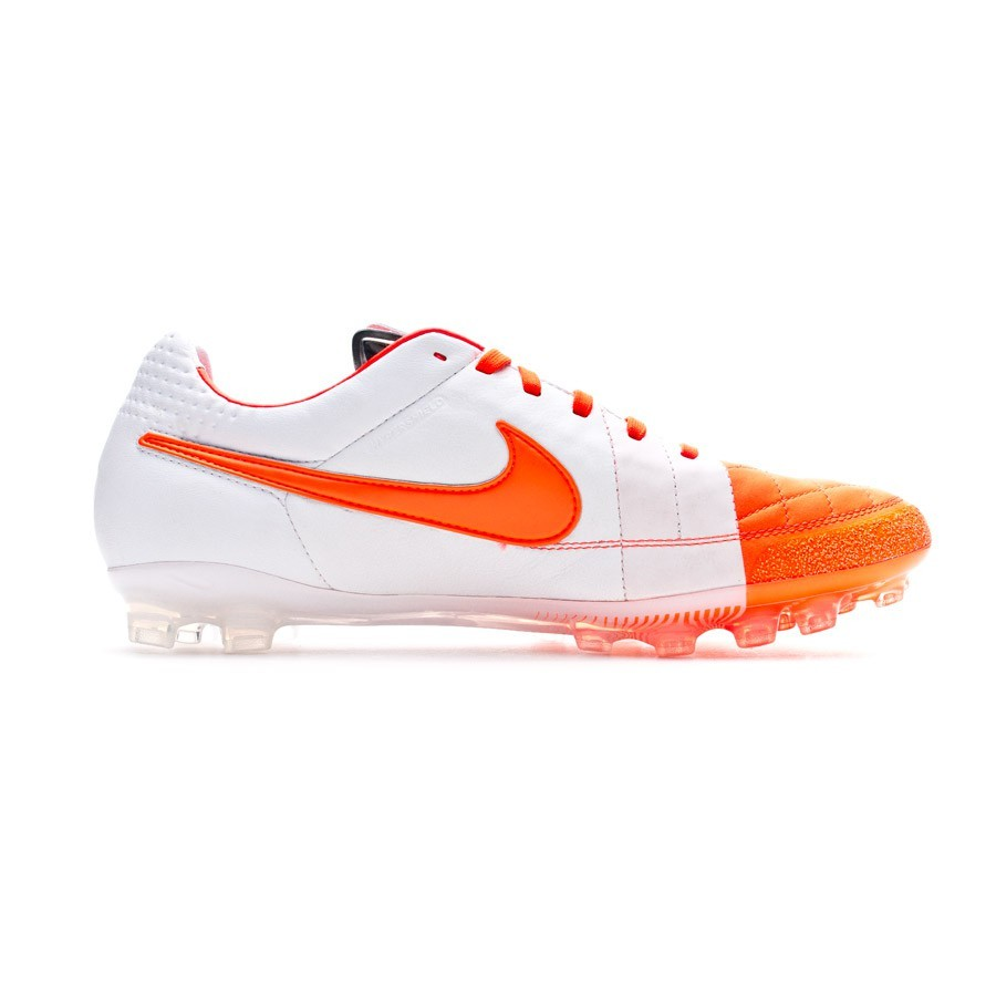 0a250c14fb70 Football Boots Nike Tiempo Legend IV AG Total crimson-White - Football  store Fútbol Emotion