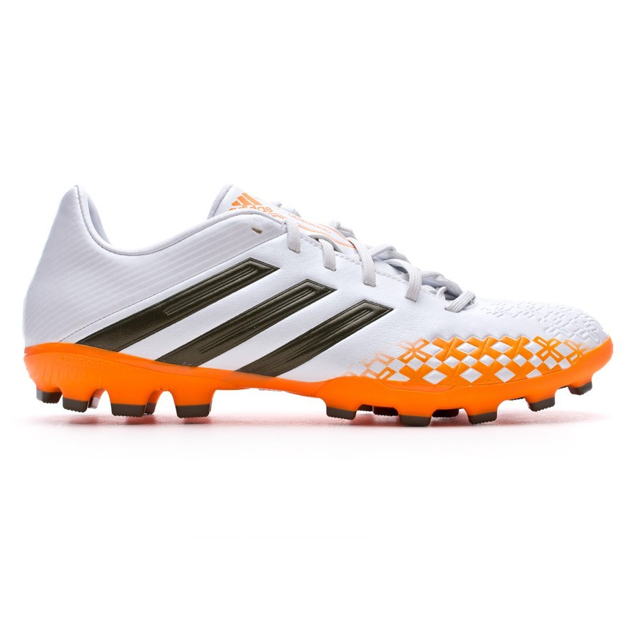 d7cdeff42 Football Boots adidas Predator Absolado LZ TRX AG Running white-Earth green-Solar  Zest - Tienda de fútbol Fútbol Emotion