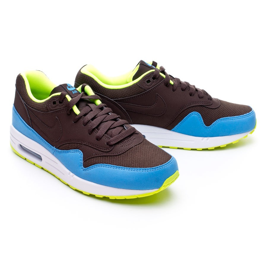 new product 1a717 a6f3d Nike Air Max 1 Essencial Trainers