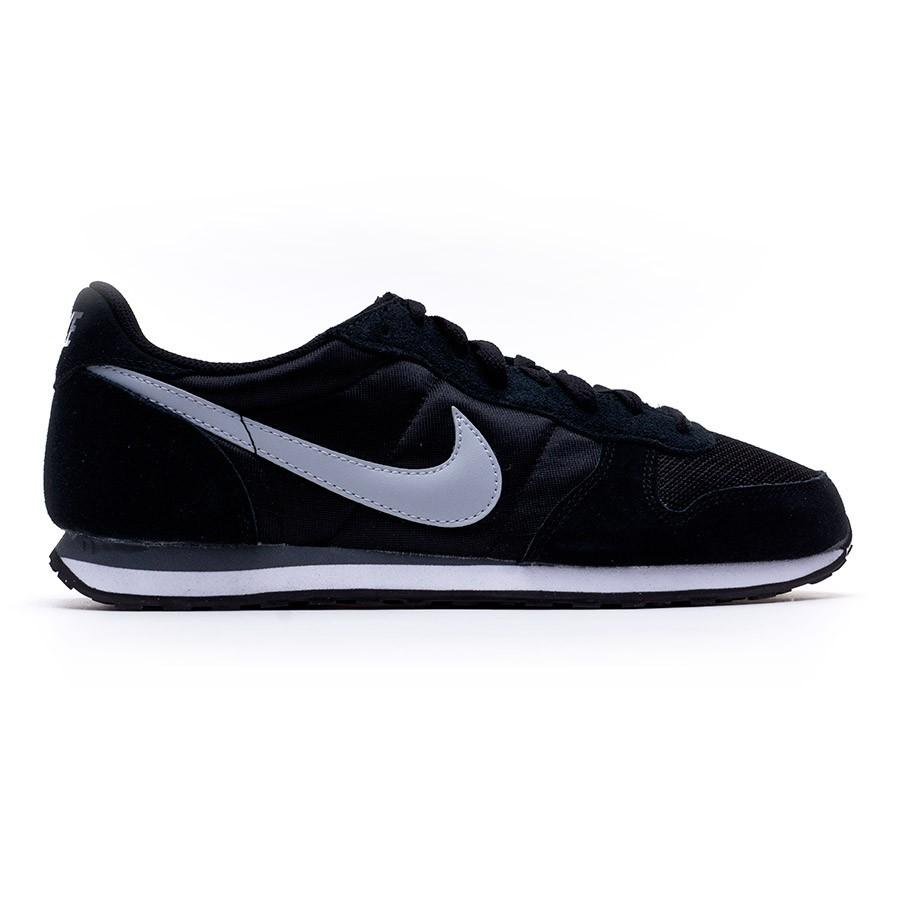 Nike Genicco - Black