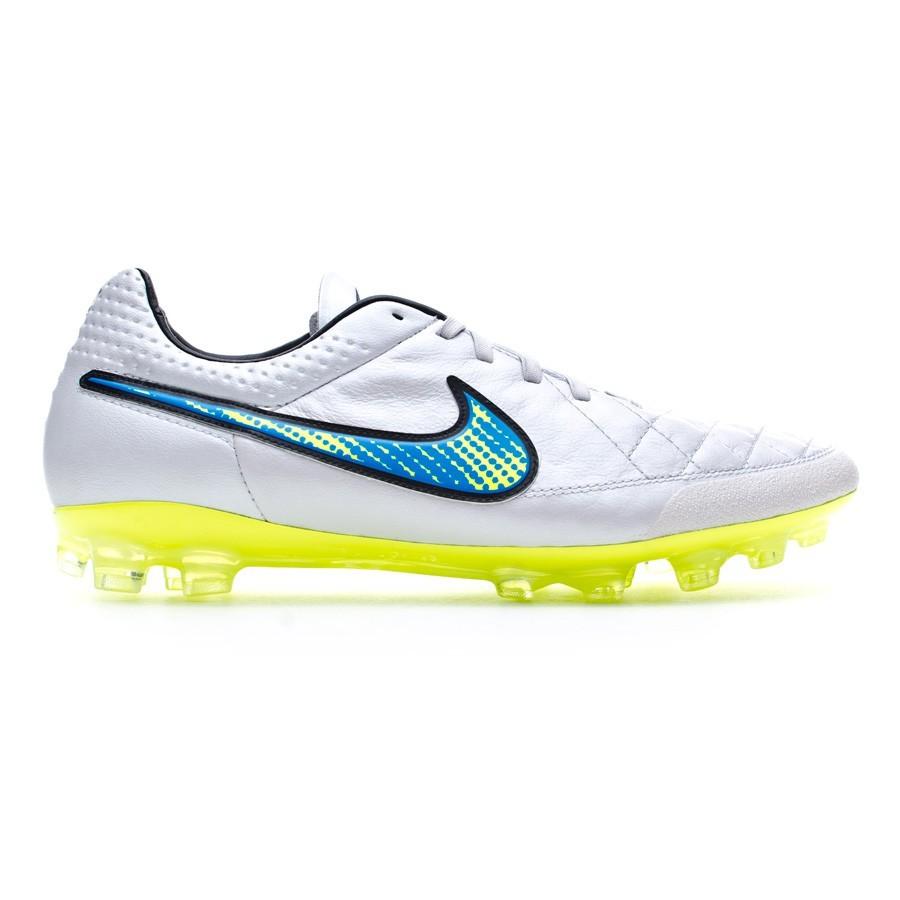 0dd60ab71 ... football boots nike tiempo legend v ag r acc white volt soar black  tienda de fútbol