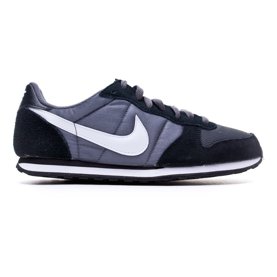 7f4ce9ecf775b Trainers Nike Genicco Dark grey-White-Black - Tienda de fútbol Fútbol  Emotion