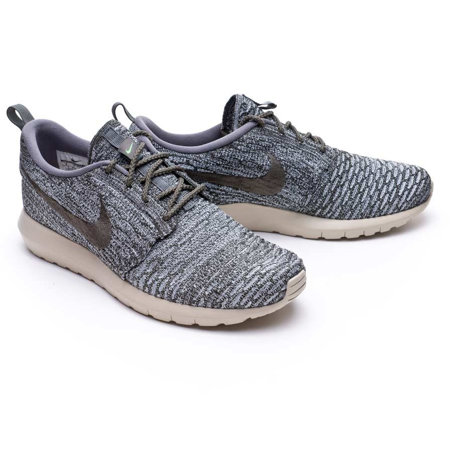 huge selection of a6345 8e144 Trainers Nike Rosherun Flyknit Wolf grey-Sequoia-River rock ...