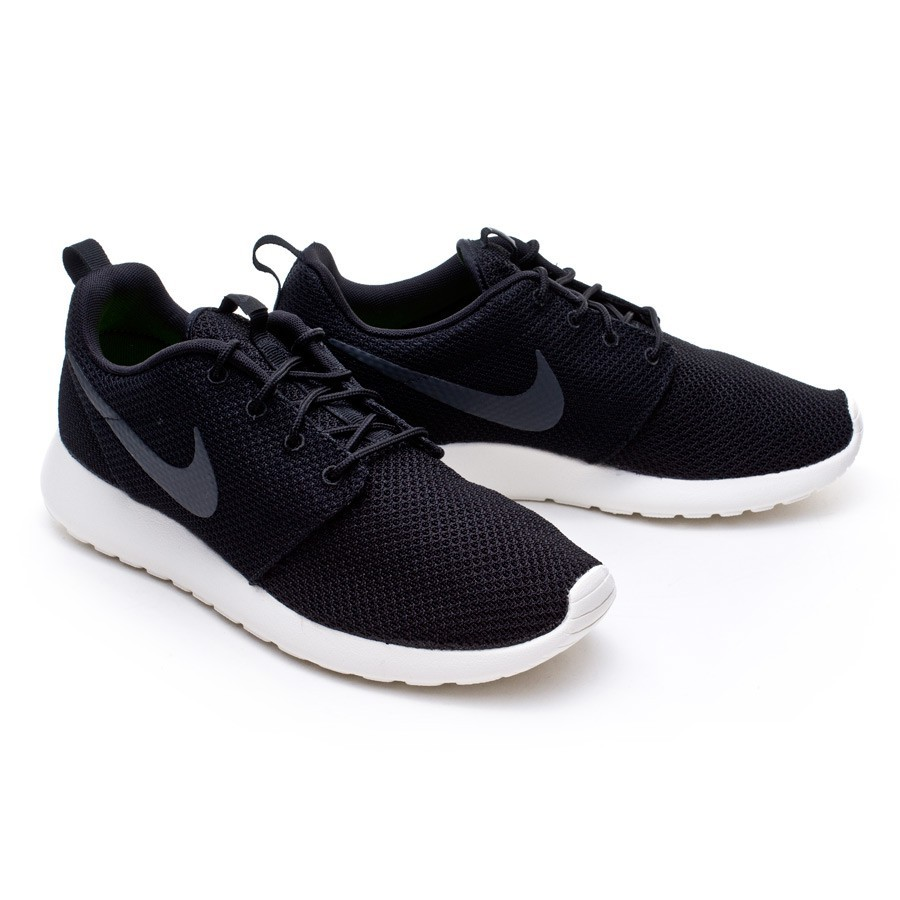 best website 156b4 6d99f Nike Rosherun Trainers