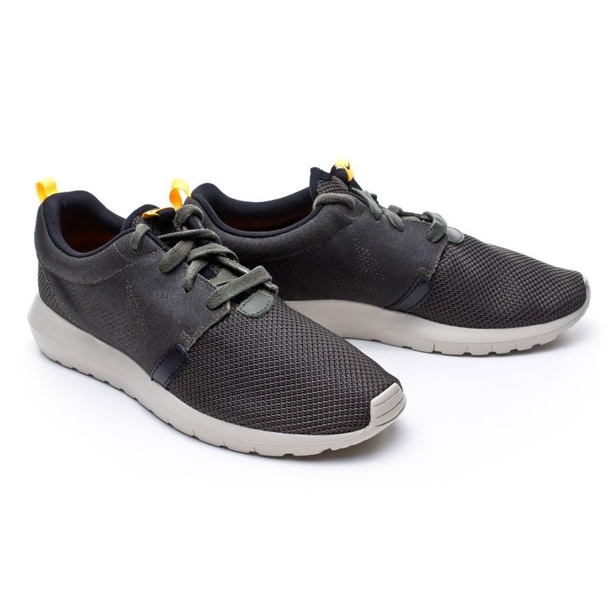 ba1af00521c1 Trainers Nike Rosherun Khaki-Laser Orange-Light Stone-Black ...