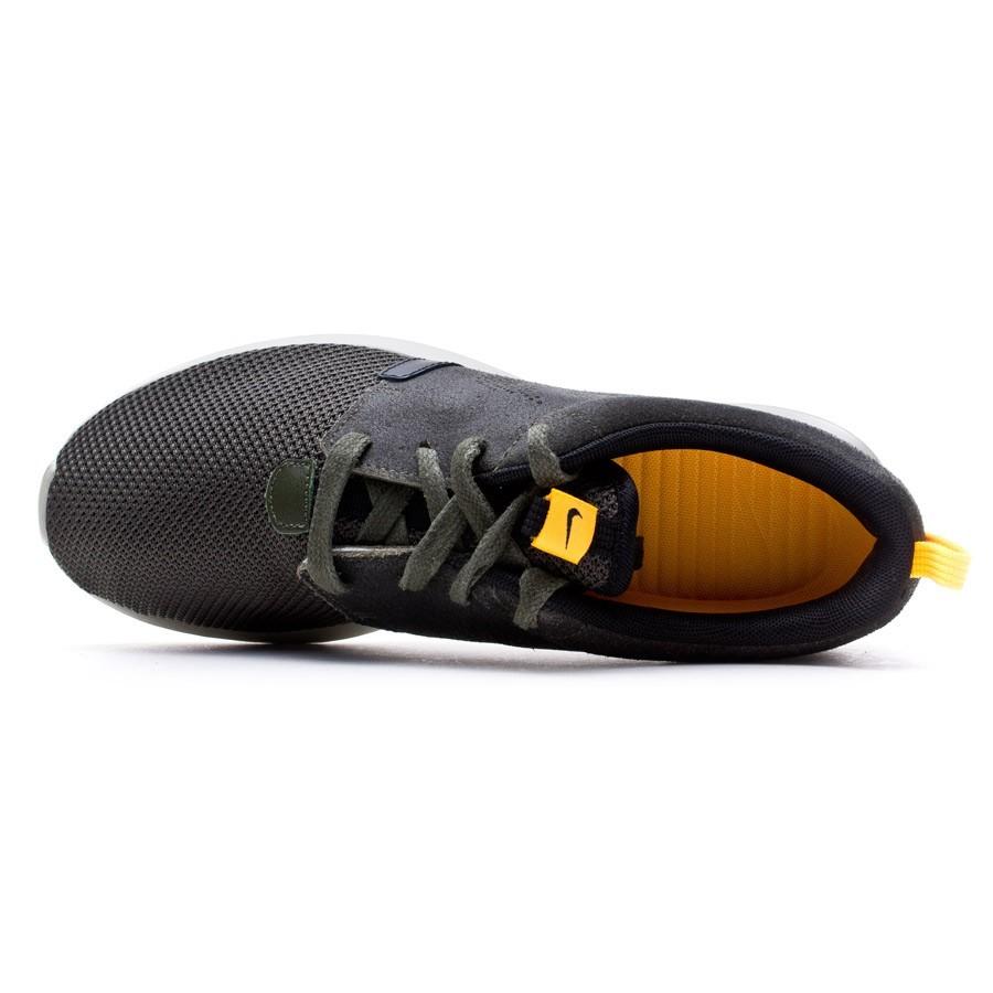 54ebf9e02246 Zapatilla Nike Rosherun Khaki-Laser Orange-Light Stone-Black - Tienda de  fútbol Fútbol Emotion