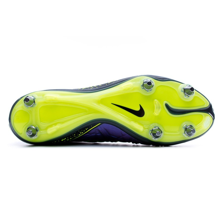 d97b0d008 Football Boots Nike HyperVenom Phinish SG-Pro Hyper grape-Black-Volt -  Football store Fútbol Emotion