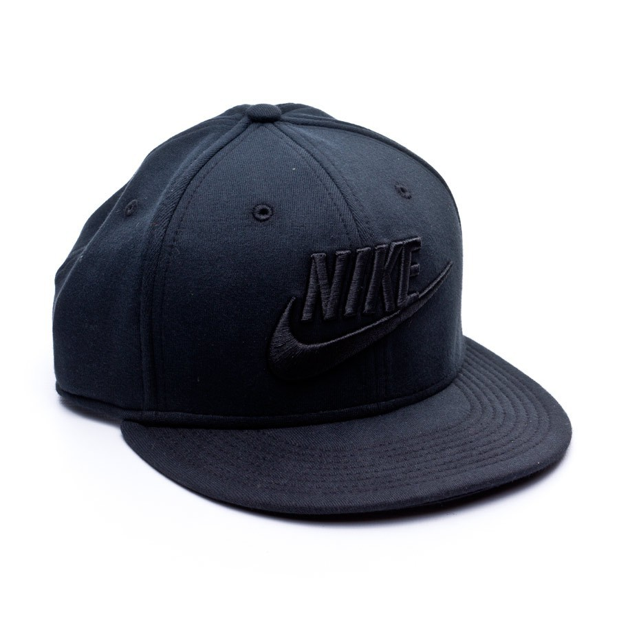66969571 Cap Nike NSW Tech Fleece True Black - Tienda de fútbol Fútbol Emotion