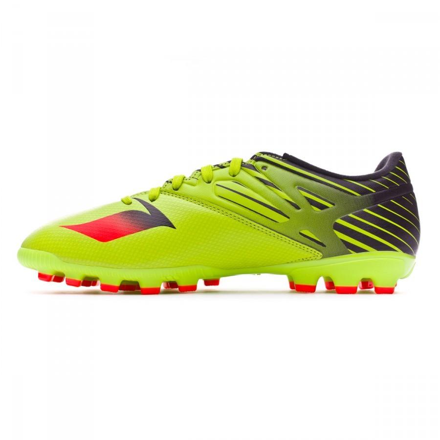 hot sale online a79d8 50766 Categorías de la Bota de fútbol. Botas de fútbol · Botas de fútbol adidas · adidas  Messi · adidas Messi 15.3