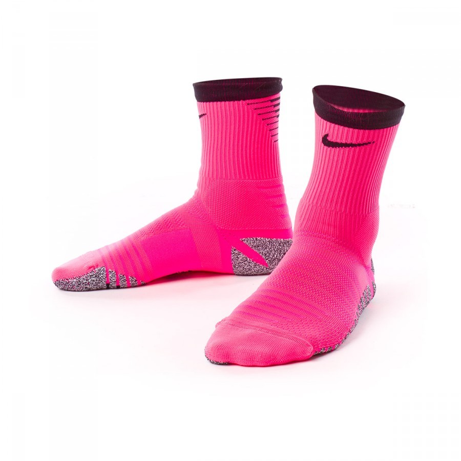8db85b1dc Socks Nike GRIP Strike Crew Football Hyper pink-Black - Football ...