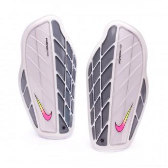 Caneleira  Nike Attack Premium White