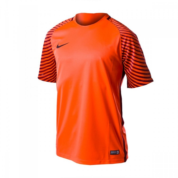camiseta-nike-mc-gardien-bright-crimson-deep-garnet-black-0.jpg