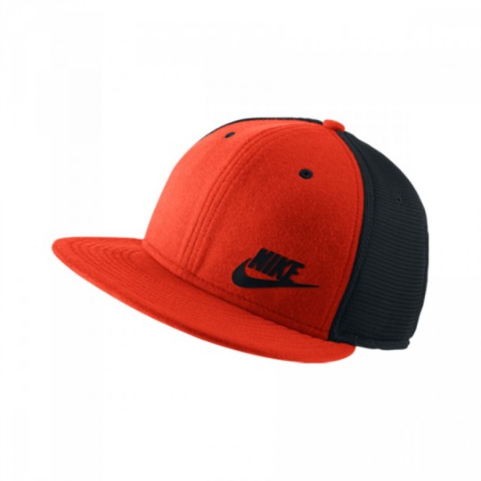 Gorra  Nike Tech Pack True crimson-black
