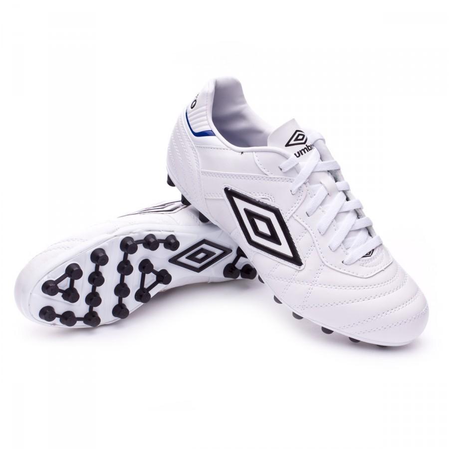 22c4d4d6d4d15 Bota de fútbol Umbro Speciali Eternal Club AG White-Black-Clematis blue -  Tienda de fútbol Fútbol Emotion