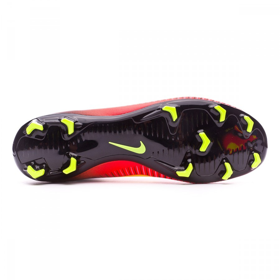 hot sale online 1eaf3 b6034 ... Bota Mercurial Superfly V ACC FG Niño Total crimson-Volt-Black-Pink  blast. CATEGORY. Football boots · Nike football boots