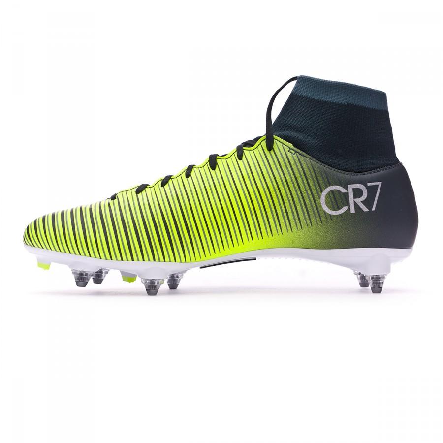 f4a7e5e4579 Football Boots Nike Mercurial Victory VI CR7 DF SG Seaweed-Volt-hasta-White  - Tienda de fútbol Fútbol Emotion