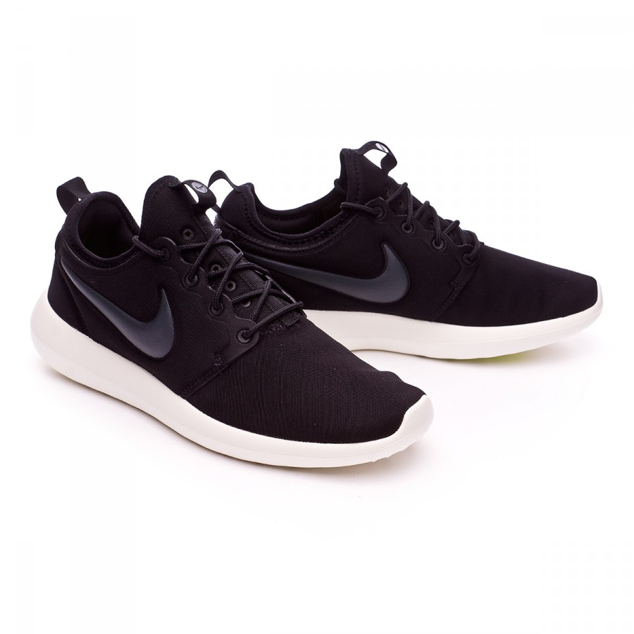 Nike Roshe Two Flyknit Wolf Gray Black His trainers Offspring