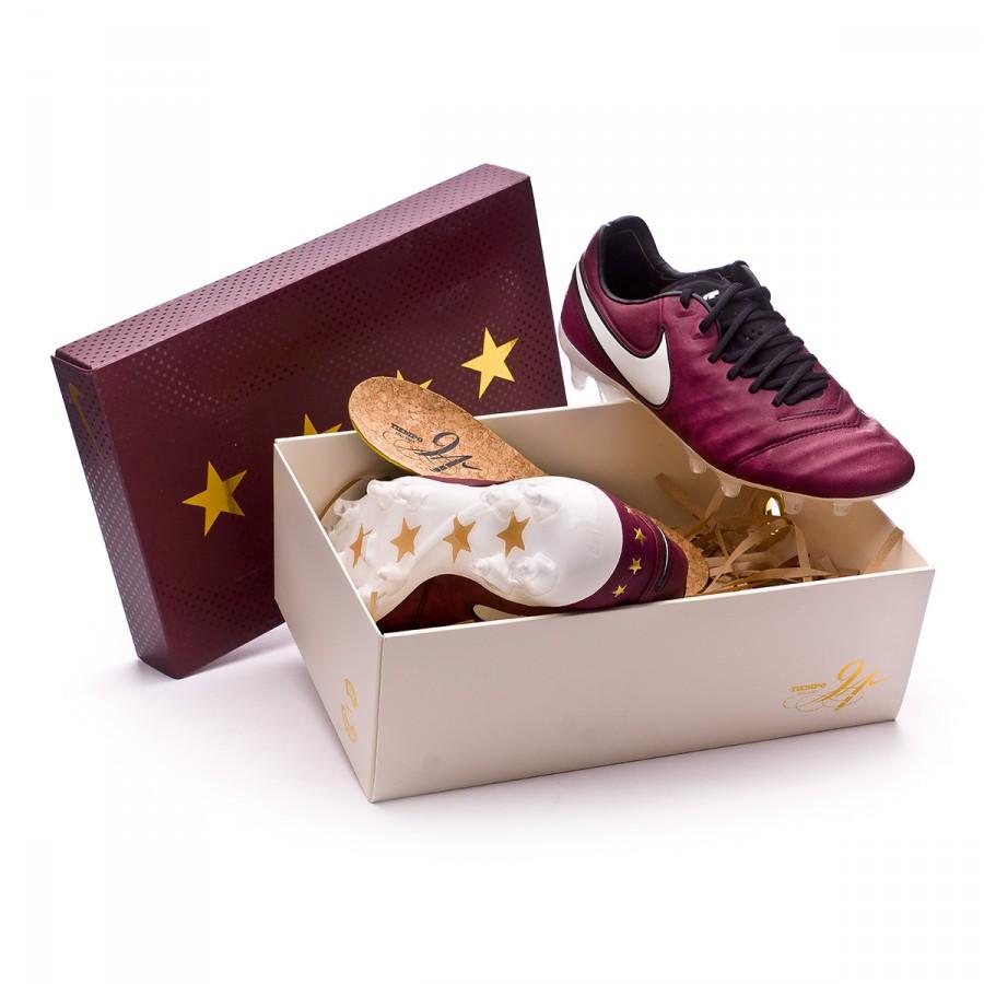 5cbe7aaeb57 Nike Tiempo Legend VI SE Pirlo FG Football Boots. Merlot-Sail ...