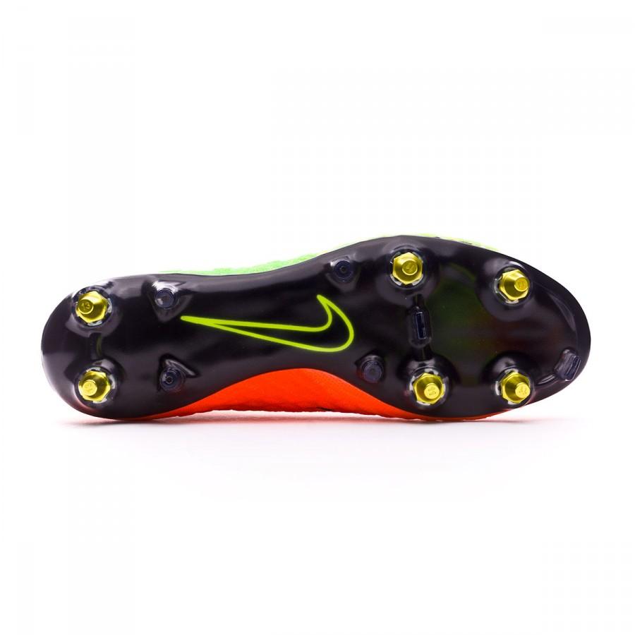 big sale 9d3fd 144ac Boot Nike Hypervenom Phantom III ACC DF SG-Pro Anti-Clog Electric green- Black-Hyper orange-Volt - Leaked soccer
