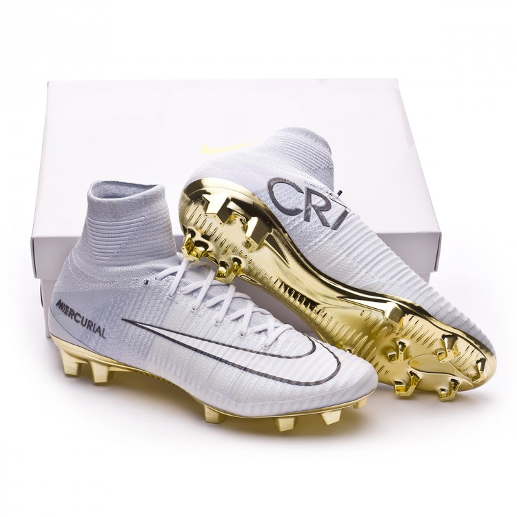 Chaussure de foot Nike Mercurial Superfly V CR7 SE Vitorias FG White ... 91c32eeb62e7
