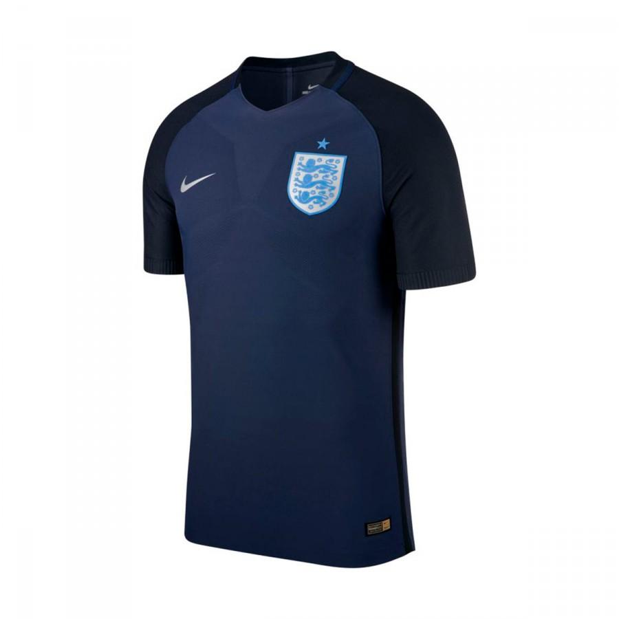 Camiseta Nike Inglaterra Dry Stadium 2017-2018 Niño Midnight  navy-Black-Metallic Silver - Soloporteros es ahora Fútbol Emotion afa5f2c273a22