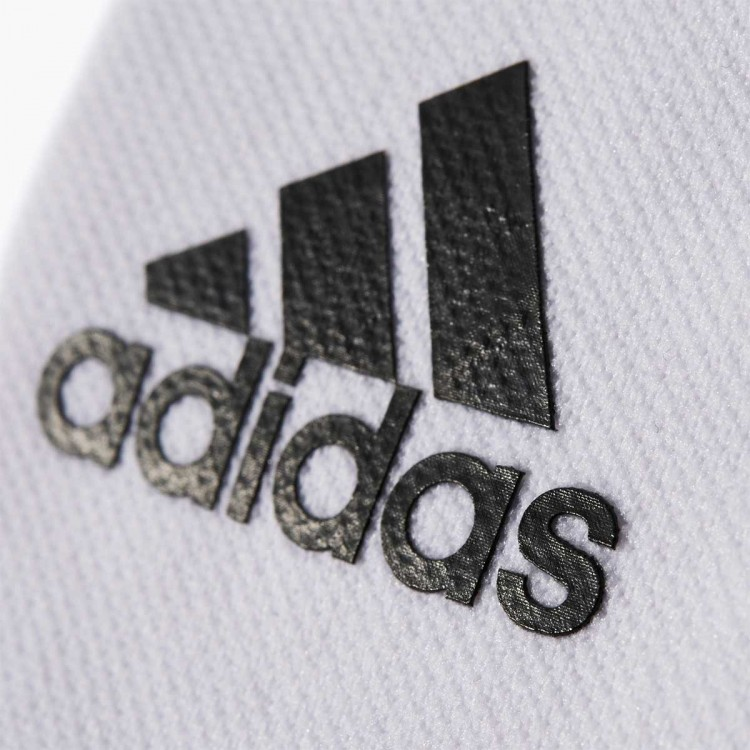 adidas-sujeta-espinilleras-stays-white-black-1.jpg