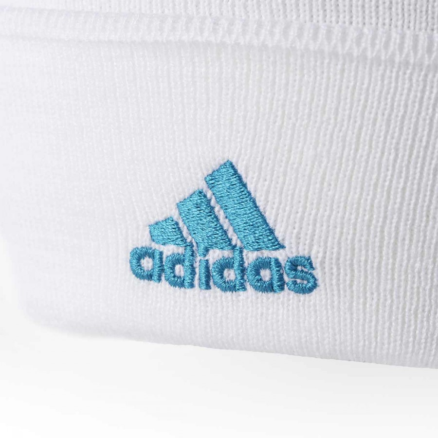 411ac691ec962 Gorro adidas Real Madrid 3S 2017-2018 White-Vivid teal - Tienda de fútbol  Fútbol Emotion