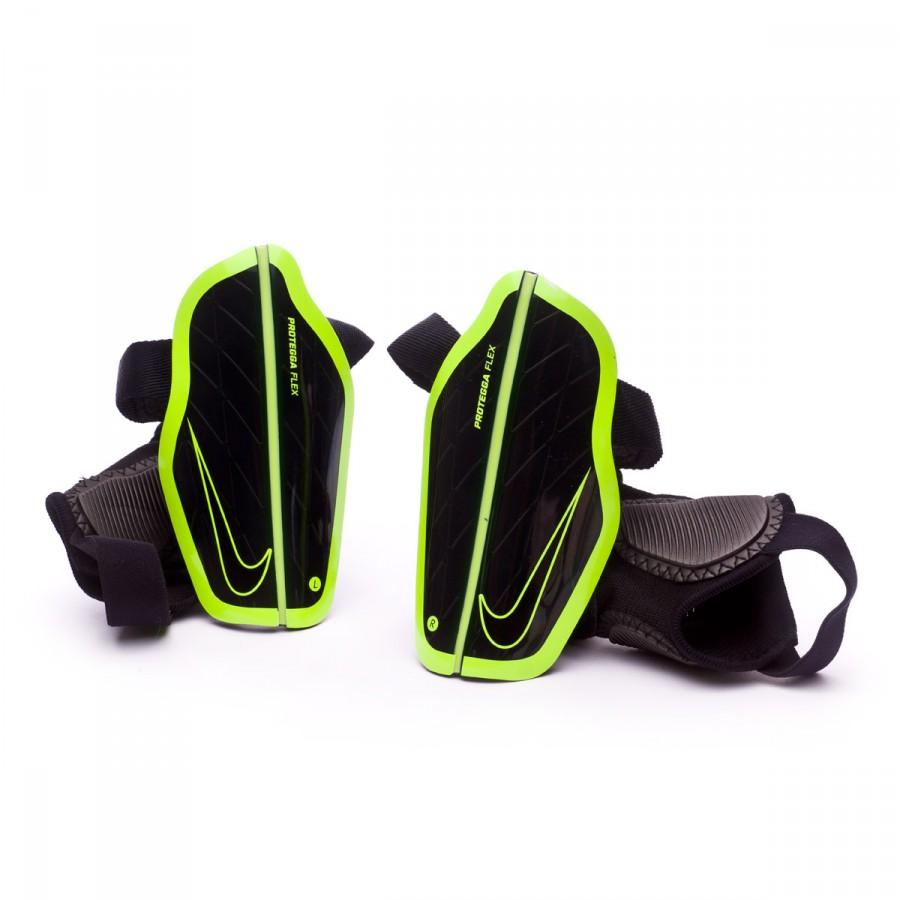 ... Espinillera Protegga Flex Niño Black-Volt. Categorías de la Espinillera.  Accesorios de fútbol 65887d563c921