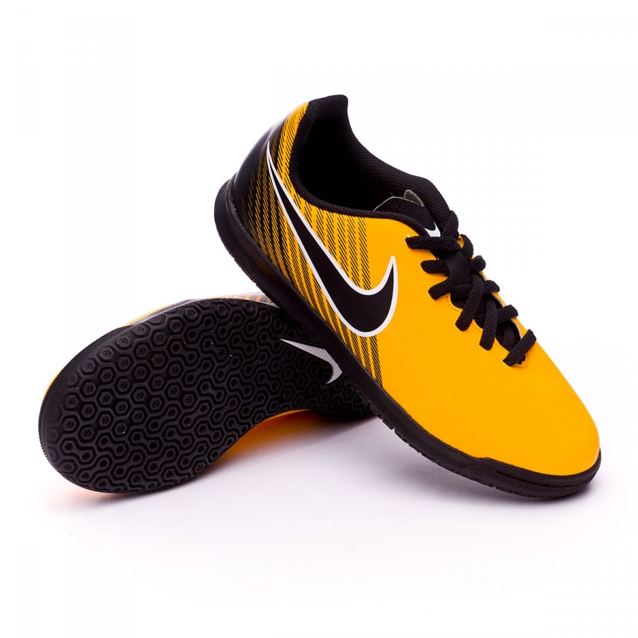 Futsal Boot Nike MagistaX Ola II IC Kids Laser orange-Black-White ... 2ca5bfd671932