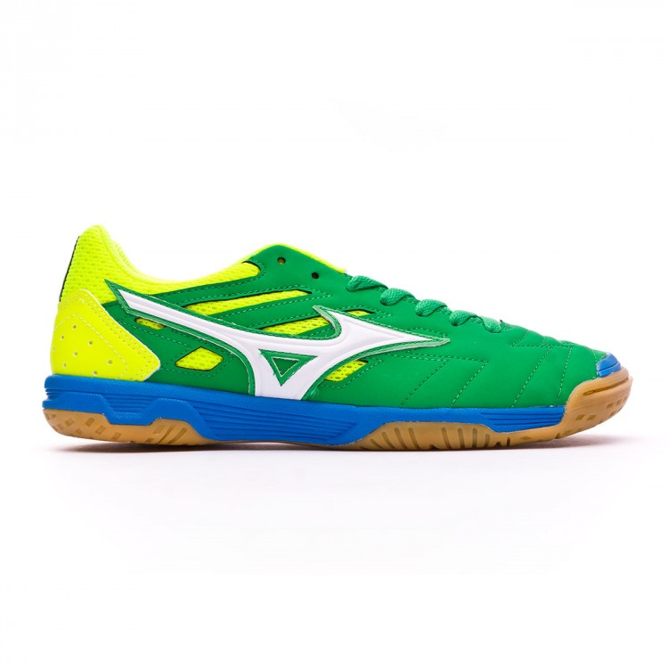 zapatilla-de-futbol-sala-mizuno-sala-classic-2-in-bright-green-white-safety-yellow-1.jpg