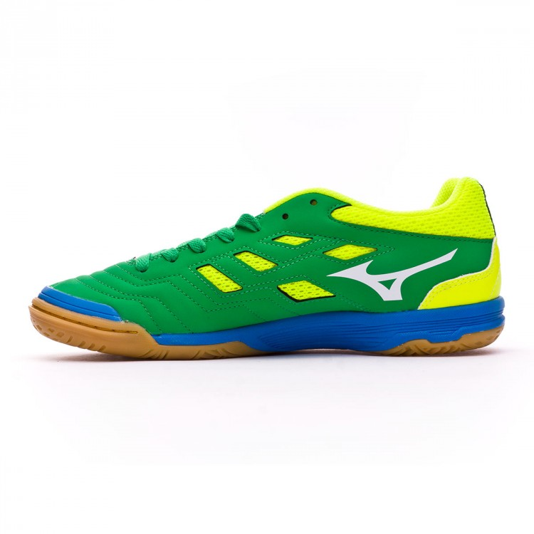 zapatilla-de-futbol-sala-mizuno-sala-classic-2-in-bright-green-white-safety-yellow-2.jpg