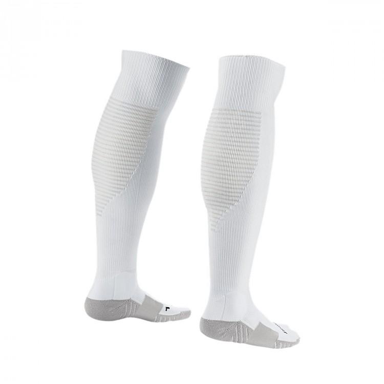medias-nike-matchfit-over-the-calf-white-black-1.jpg