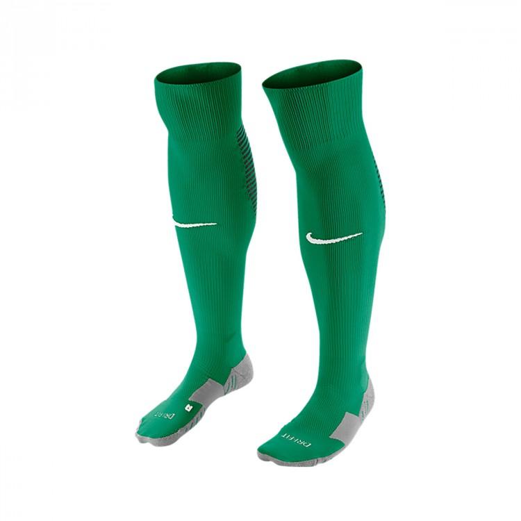 medias-nike-matchfit-over-the-calf-lucid-green-white-0.jpg
