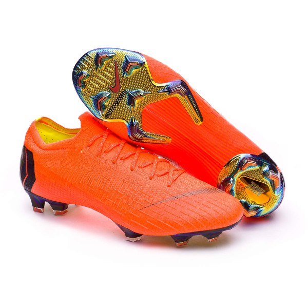 37f1a2ffc Chaussure de foot Nike Mercurial Vapor XII Elite FG Total orange-Black-Volt  - Boutique de football Fútbol Emotion