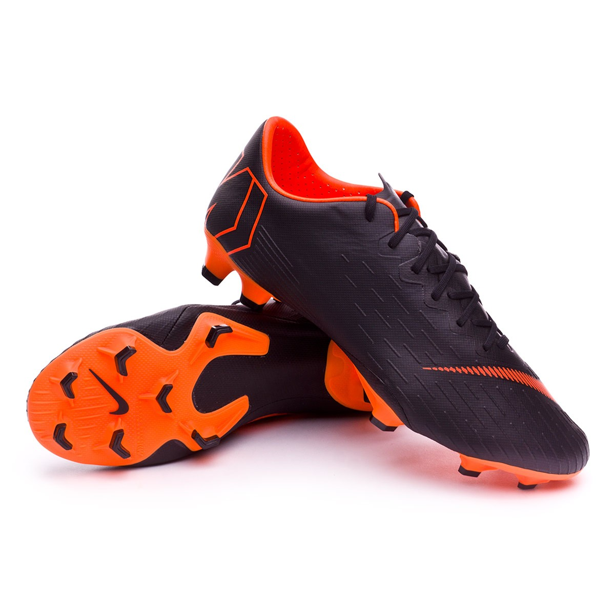 ... Bota Mercurial Vapor XII Pro FG Black-Total orange-White. CATEGORIA.  Chuteiras de futebol · Nike e890803349922