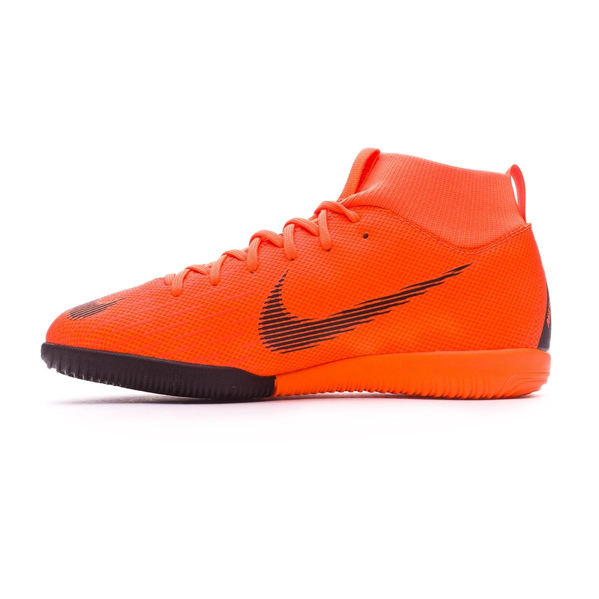 118374ac8799 Futsal Boot Nike Kids Mercurial SuperflyX VI Academy GS IC Total orange-Black-Volt  - Tienda de fútbol Fútbol Emotion