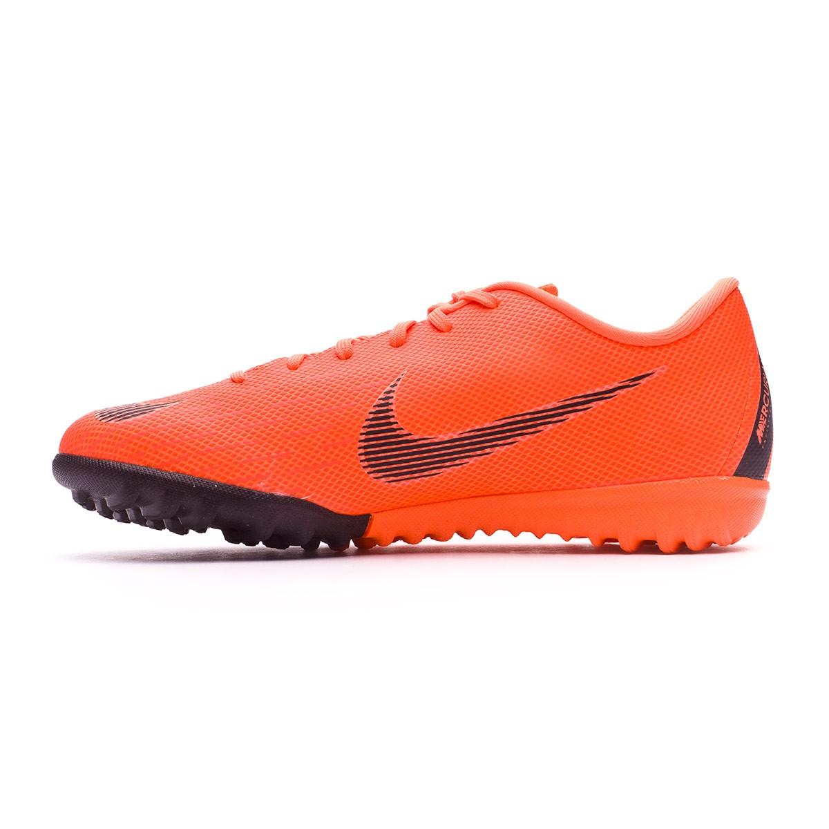 3069f6ad5e258 Tenis Nike Mercurial VaporX XII Academy GS Turf Niño Total  orange-Black-Volt - Tienda de fútbol Fútbol Emotion