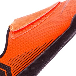 57e9d427edd7 Made with Phylon to offer a correct cushioning, keeping thus, the  phylosophy of a boot developed to be as light as possible.