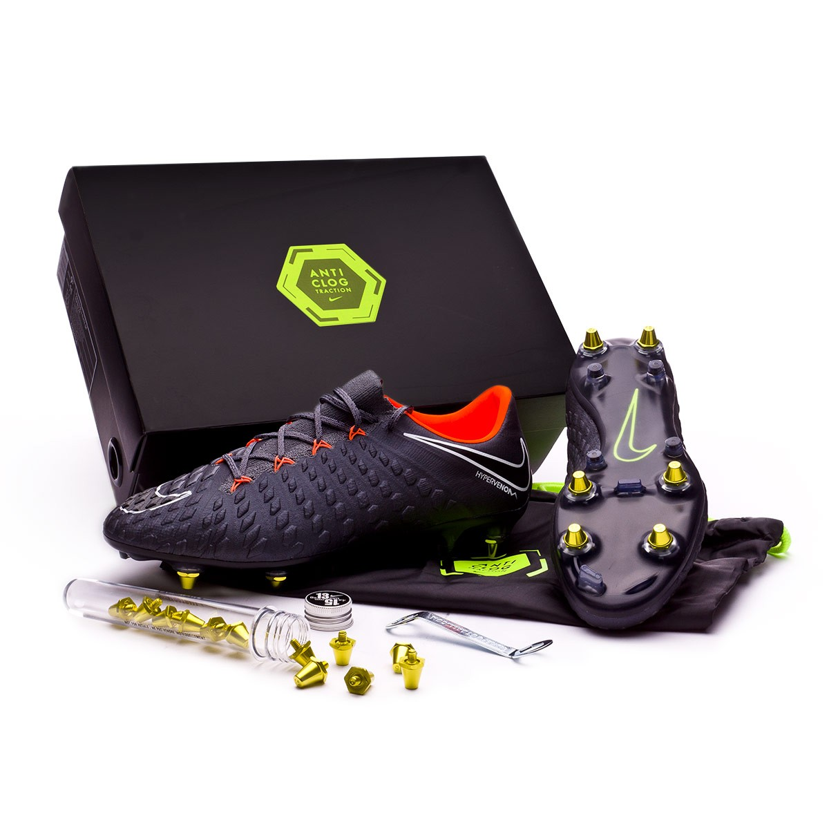 new style 21453 0daed Nike Hypervenom Phantom III Elite SG-Pro Anti-Clog Football Boots