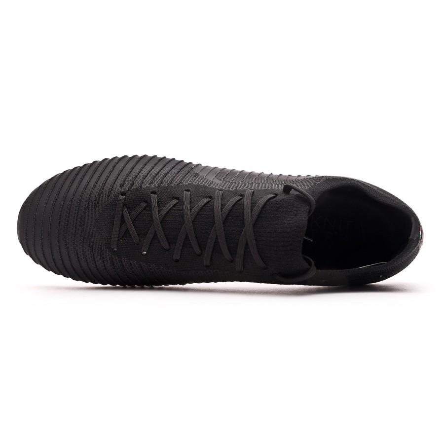 Bota de fútbol Nike Mercurial Vapor Flyknit Ultra FG Black-Black -  Soloporteros es ahora Fútbol Emotion 349d18dbf5b71