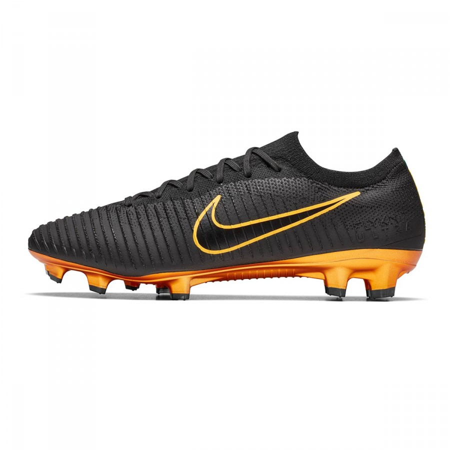 3cc446134 Football Boots Nike Mercurial Vapor Flyknit Ultra FG Black-Golden - Football  store Fútbol Emotion