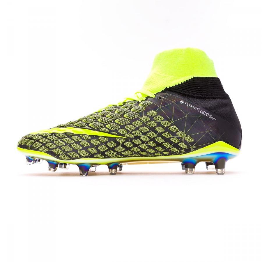 952b132d6b9 Football Boots Nike Hypervenom Phantom III DF EA SPORTS FG Black-Volt -  Football store Fútbol Emotion