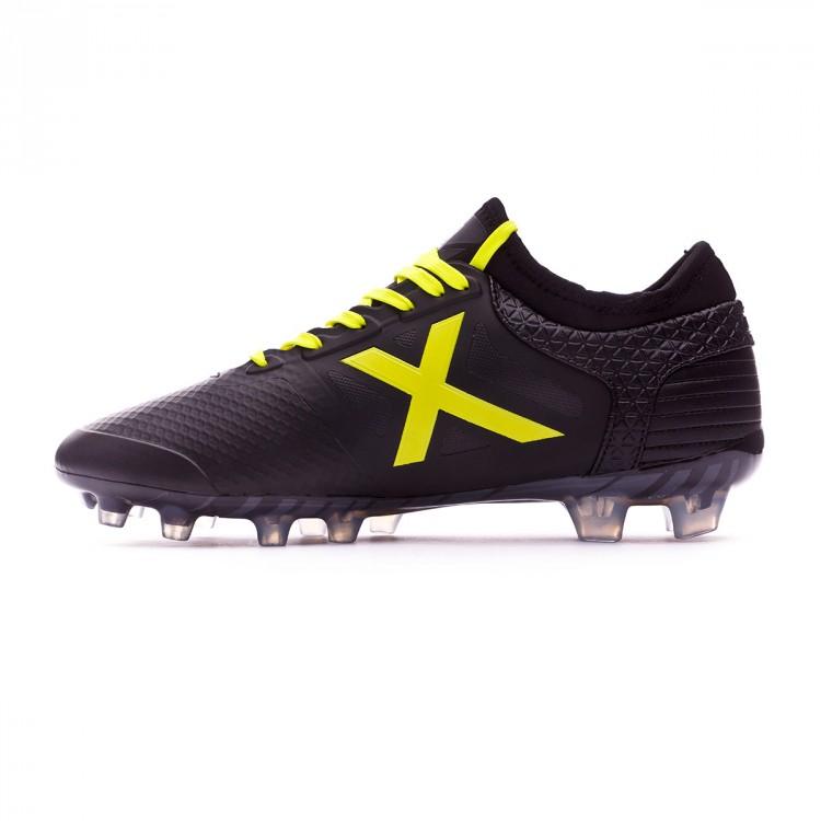 bota-munich-tiga-negro-amarillo-2.jpg